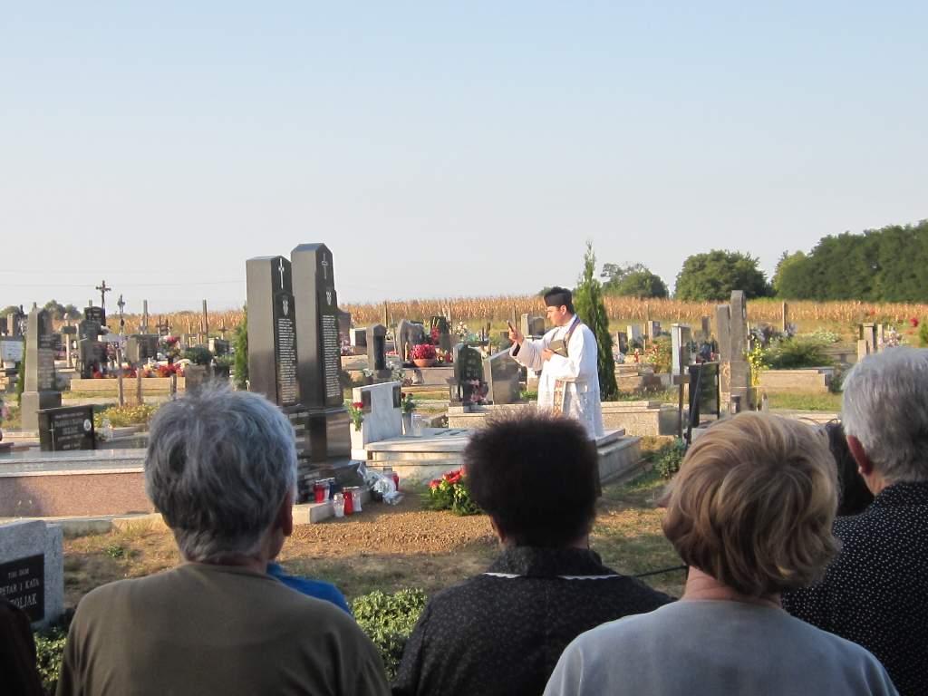 Spomen na stradale mještane Šemovaca