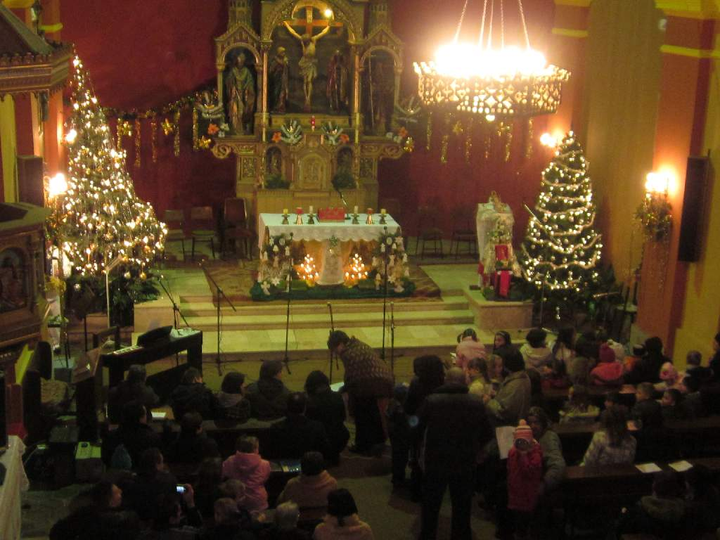 Božićni koncert-program-foto galerija